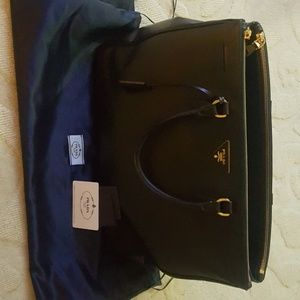 *Authentic* Prada Large Saffiano Handbag (Black)